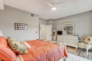 Guest Bedroom #1 - New Pellar Sliding Doors