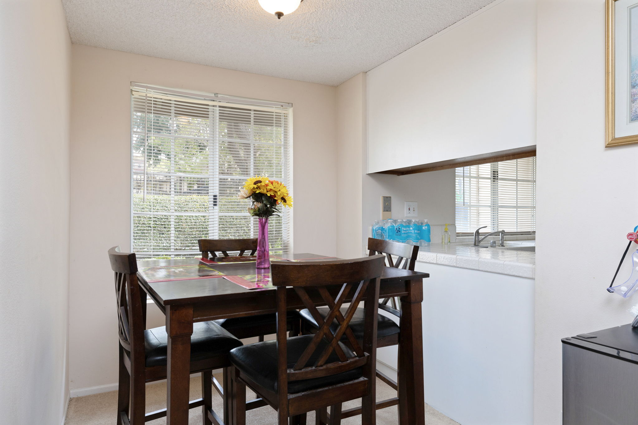 Easy access dining area