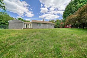 7 Pattison Ave, Dudley, MA 01571, US Photo 4