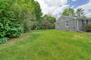 7 Pattison Ave, Dudley, MA 01571, US Photo 9