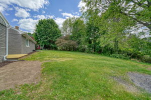 7 Pattison Ave, Dudley, MA 01571, US Photo 2