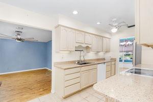 4330 Orange Grove Blvd, North Fort Myers, FL 33903, USA Photo 7