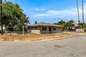 697 Goodhope St, Oak View, CA 93022, USA Photo 1