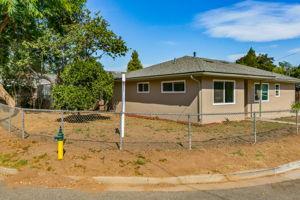 697 Goodhope St, Oak View, CA 93022, USA Photo 2