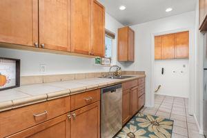 697 Goodhope St, Oak View, CA 93022, USA Photo 10