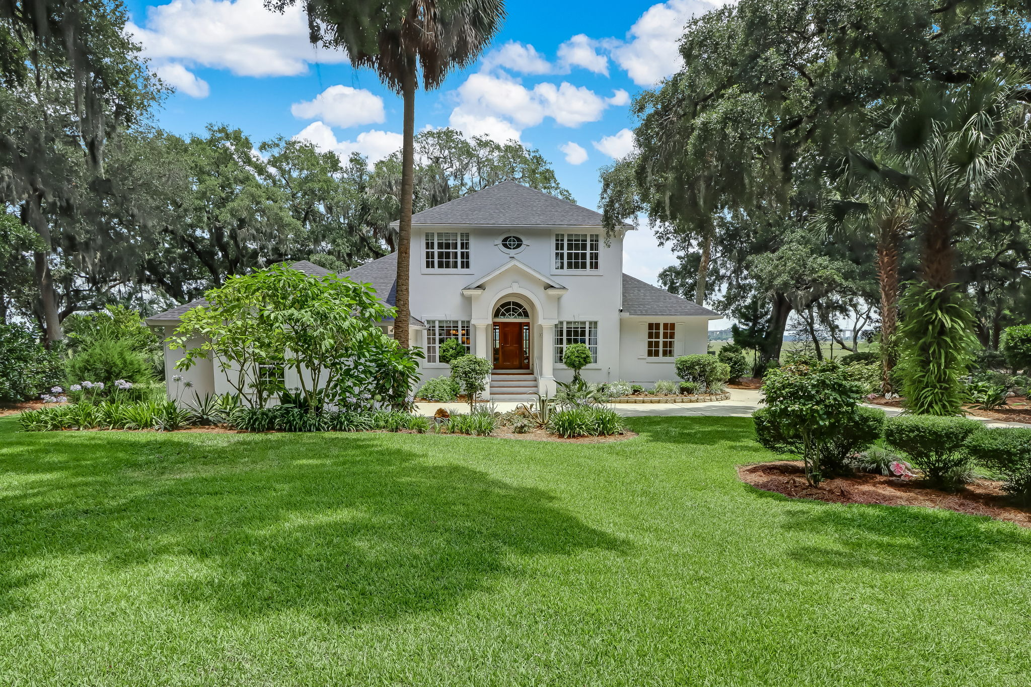 Welcome to 98046 Little Piney Island Point