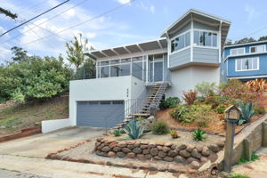 204 Stanley Ave, Pacifica, CA 94044, USA Photo 1