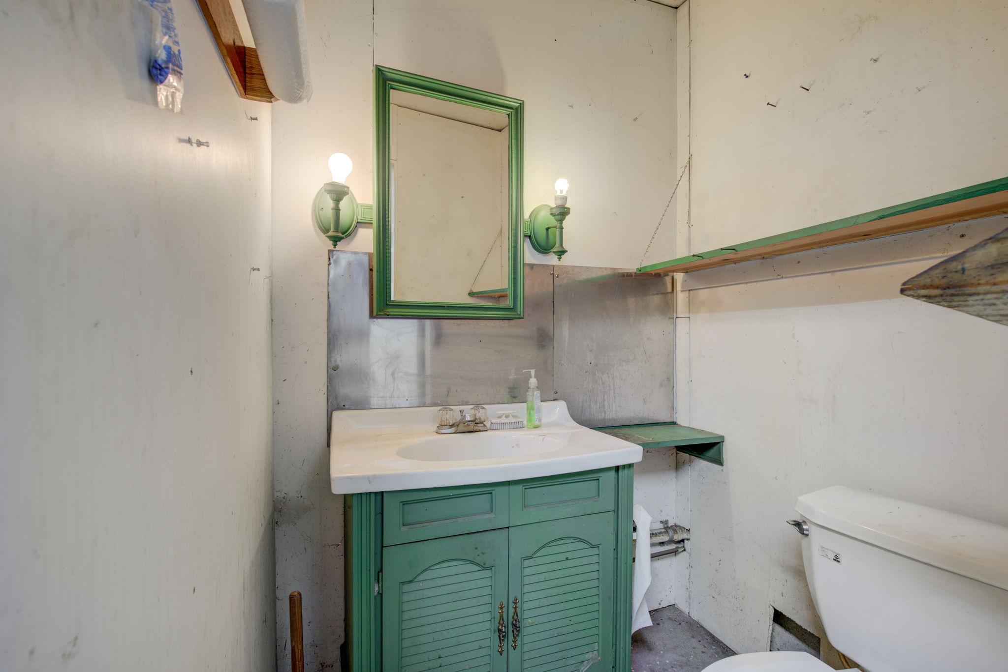 Detached Garage Bathroom