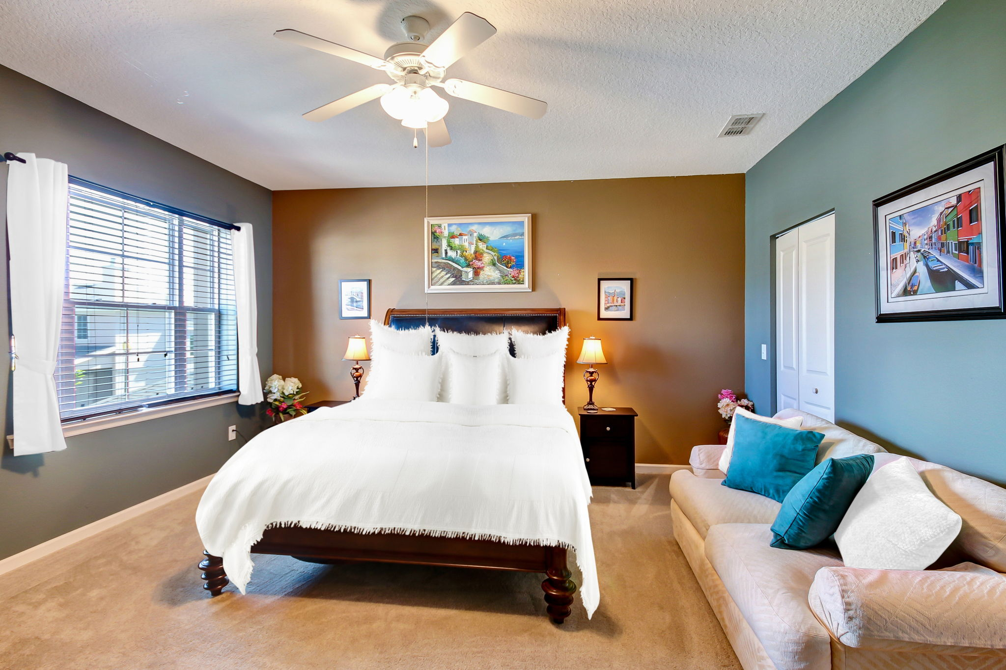 Guest bedrooms can accommodate large beds and furniture