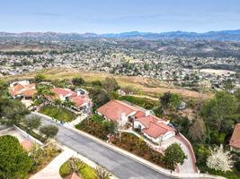 1126 Wildwood Ave, Thousand Oaks, CA 91360, US Photo 2