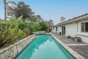 1126 Wildwood Ave, Thousand Oaks, CA 91360, US Photo 62