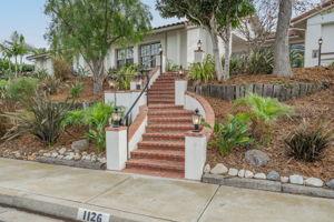 1126 Wildwood Ave, Thousand Oaks, CA 91360, US Photo 4