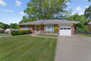 10151 Maryvale Ln, Affton, MO 63123, US Photo 20