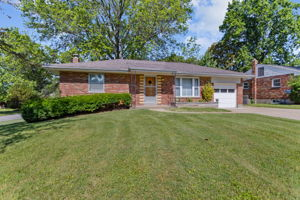 10151 Maryvale Ln, Affton, MO 63123, US Photo 19