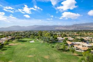 8 Oak Tree Dr, Rancho Mirage, CA 92270, USA Photo 4