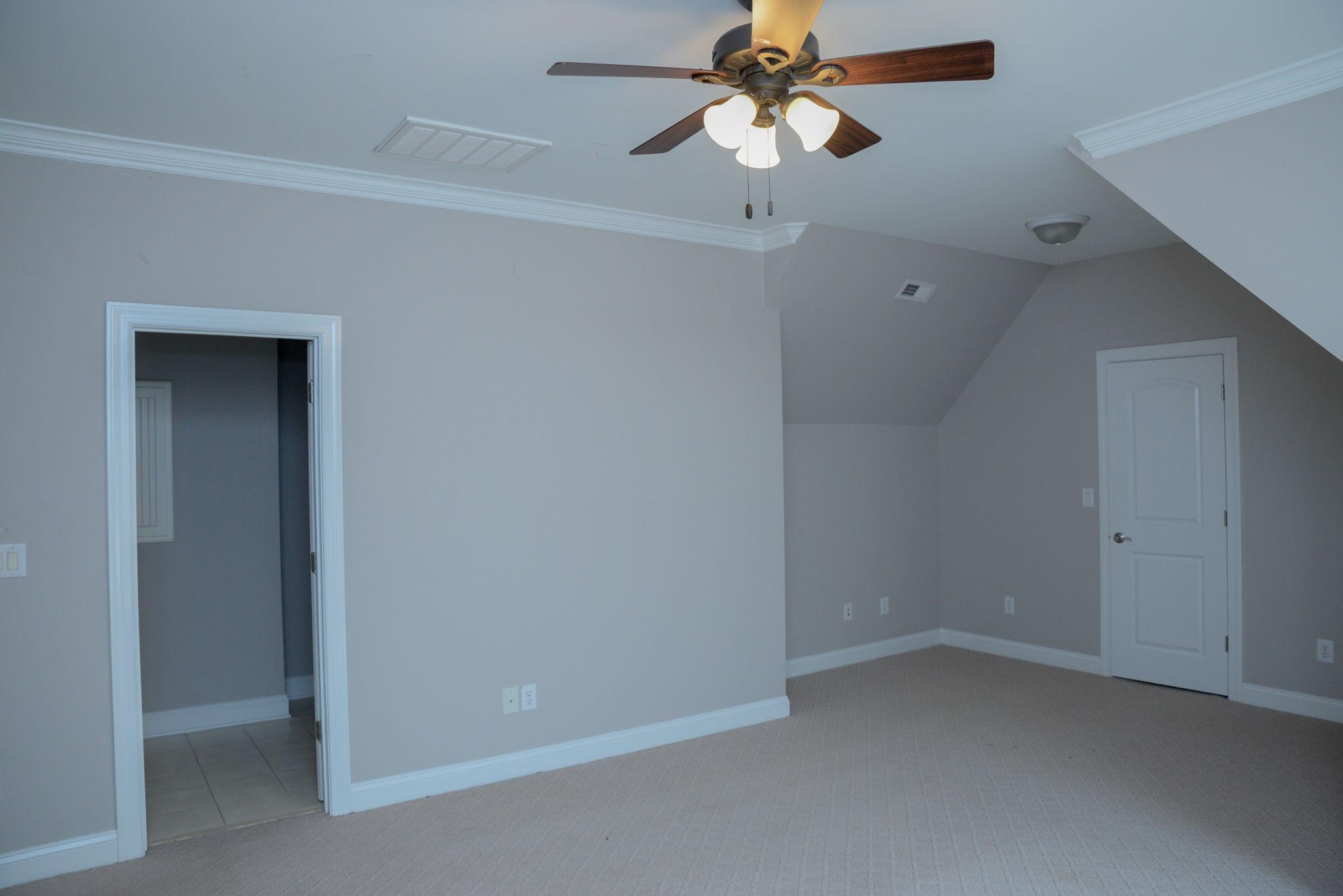 First floor (15)