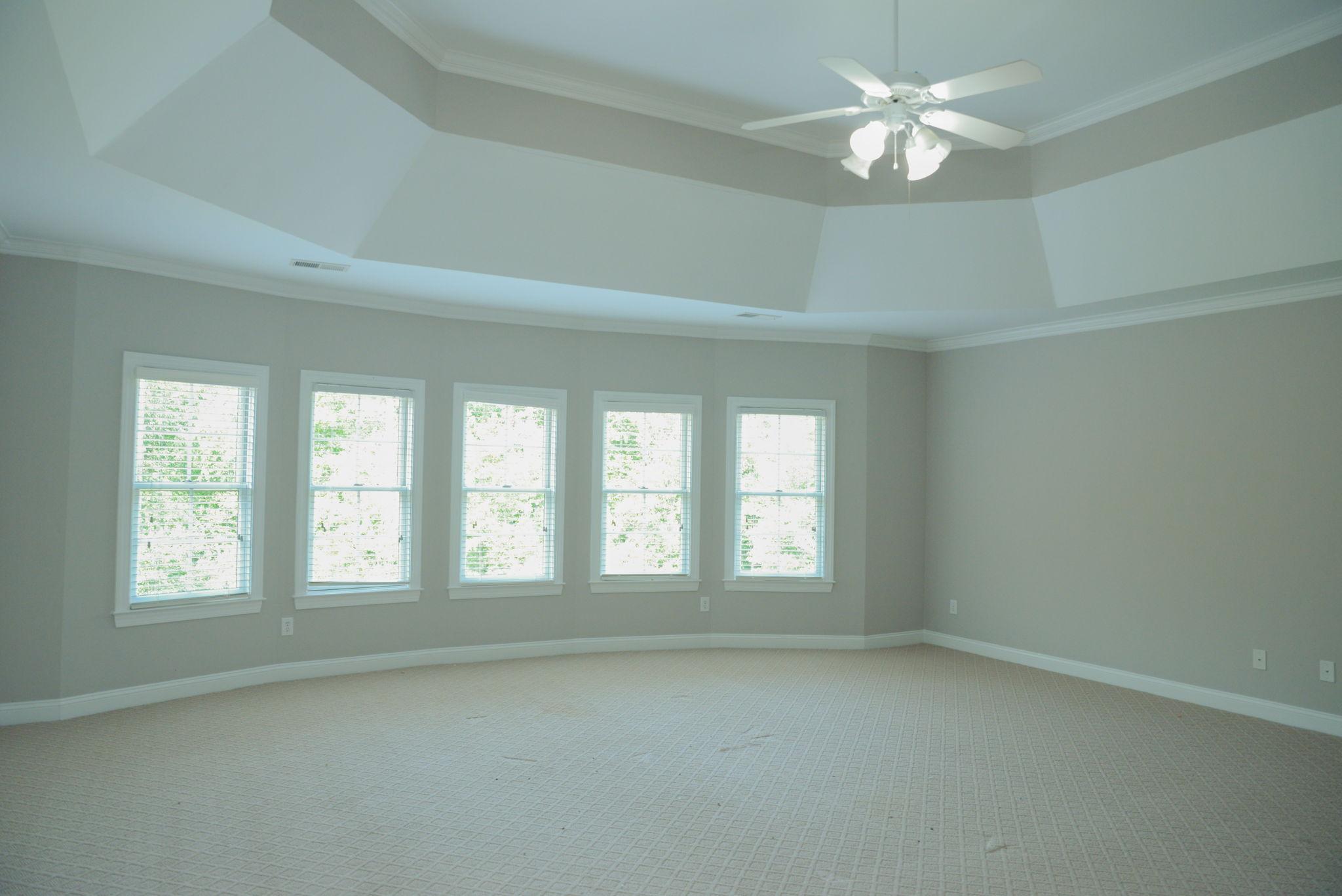 First floor (10)