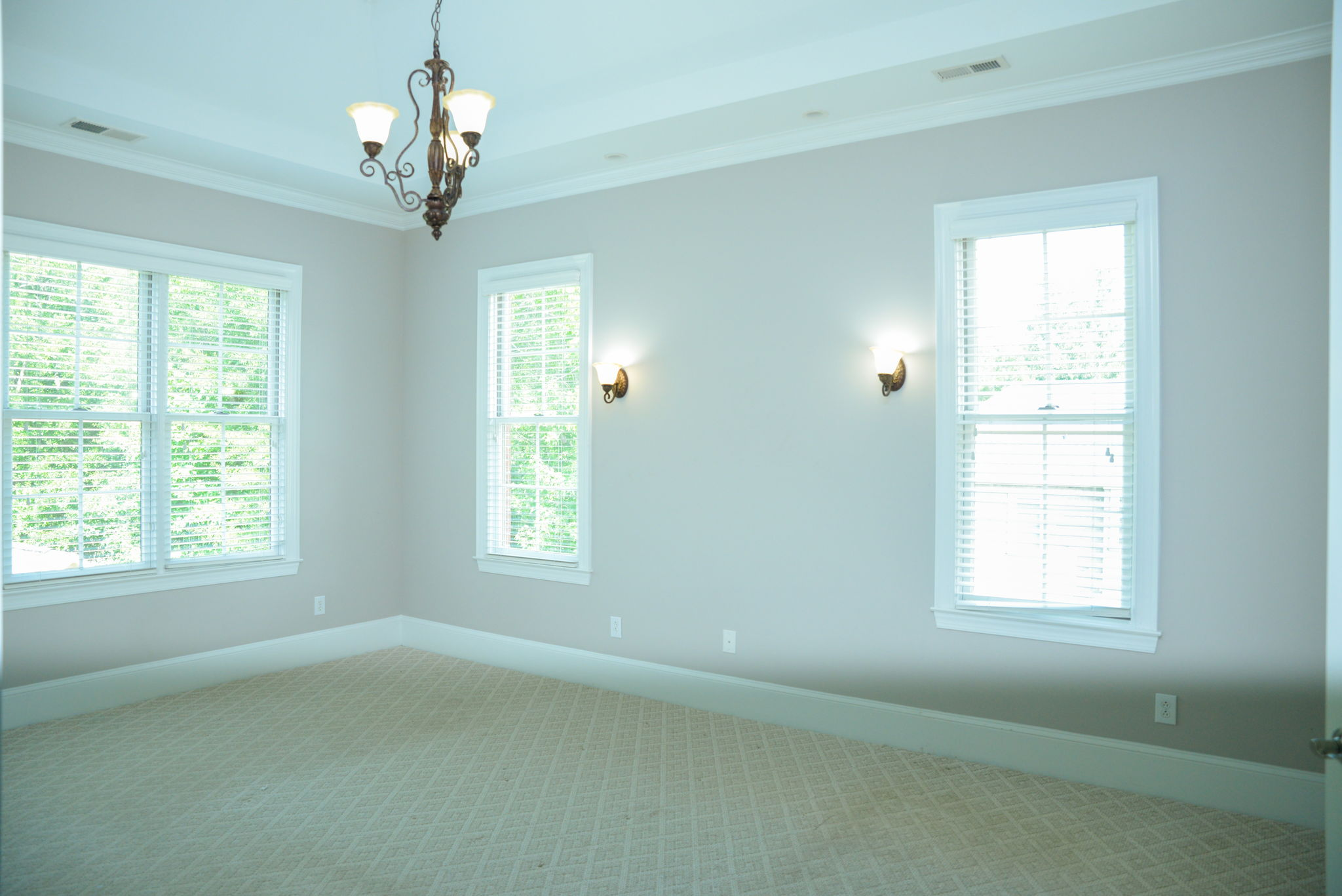 Main Floor (54)