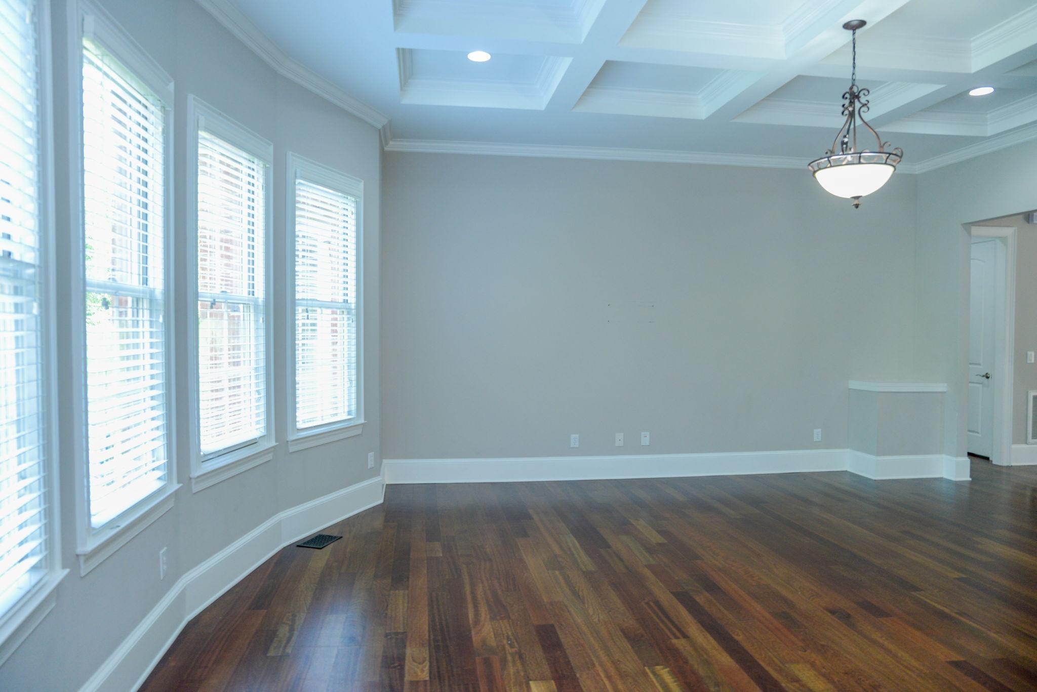 Main Floor (14)