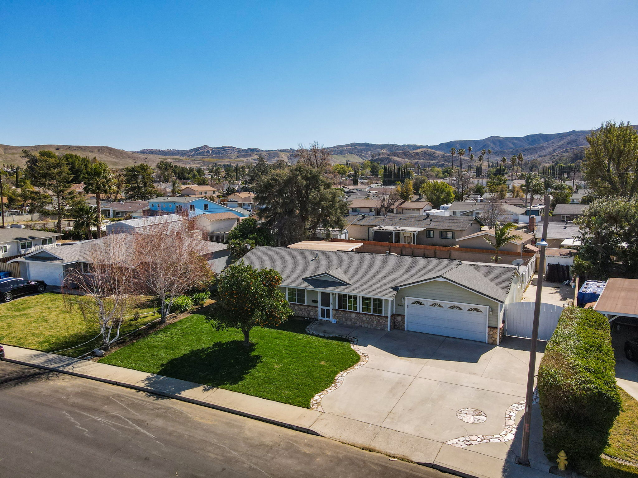 2660 Elizondo Ave, Simi Valley, CA 93065, US Photo 3