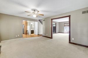 4147 Attleboro Ct, St Charles, MO 63304, USA Photo 6