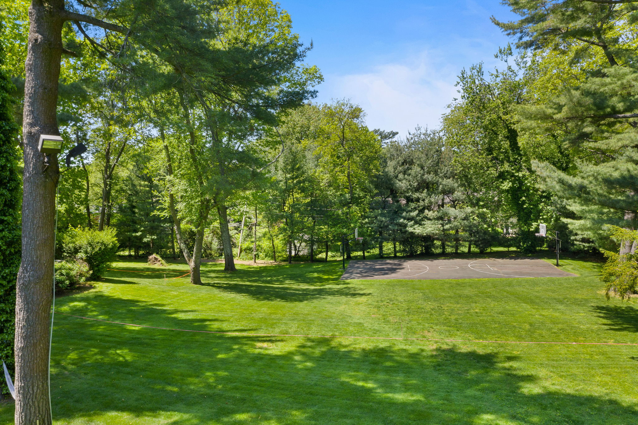 2a Melby Ln, East Hills, NY 11576, US Photo 99