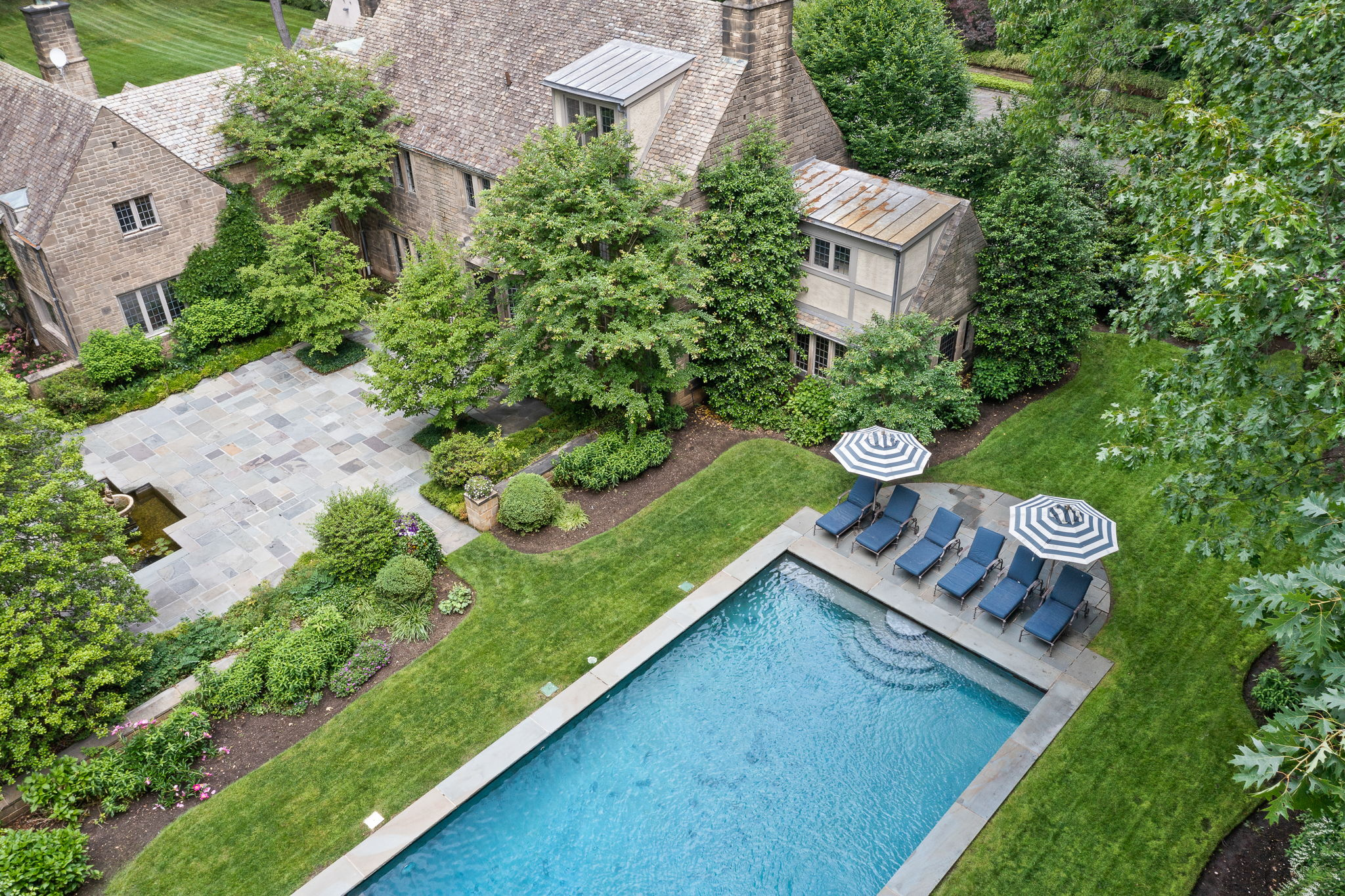 2a Melby Ln, East Hills, NY 11576, US Photo 78