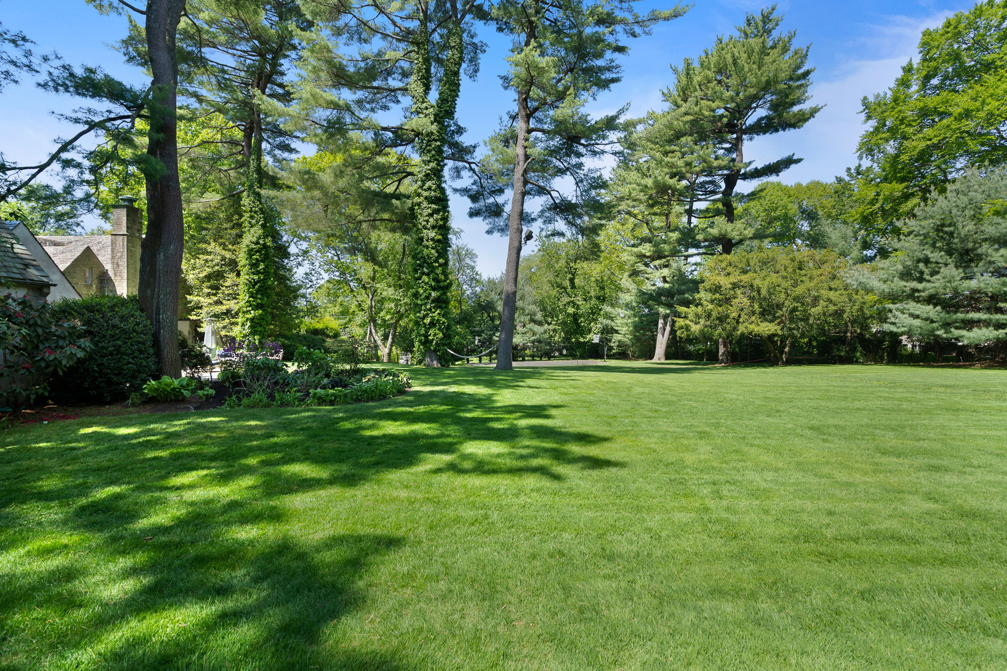 2a Melby Ln, East Hills, NY 11576, US Photo 86