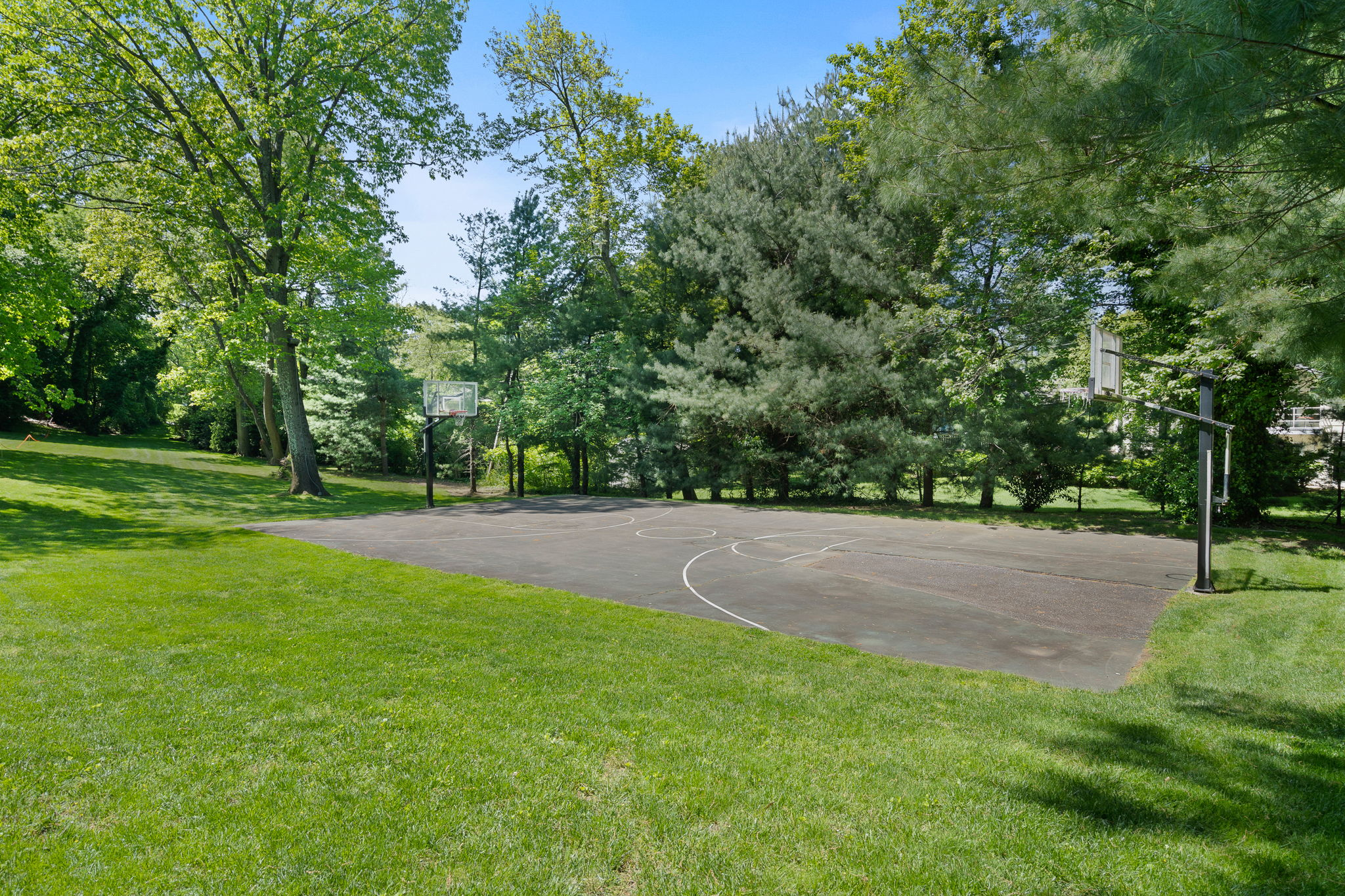 2a Melby Ln, East Hills, NY 11576, US Photo 89