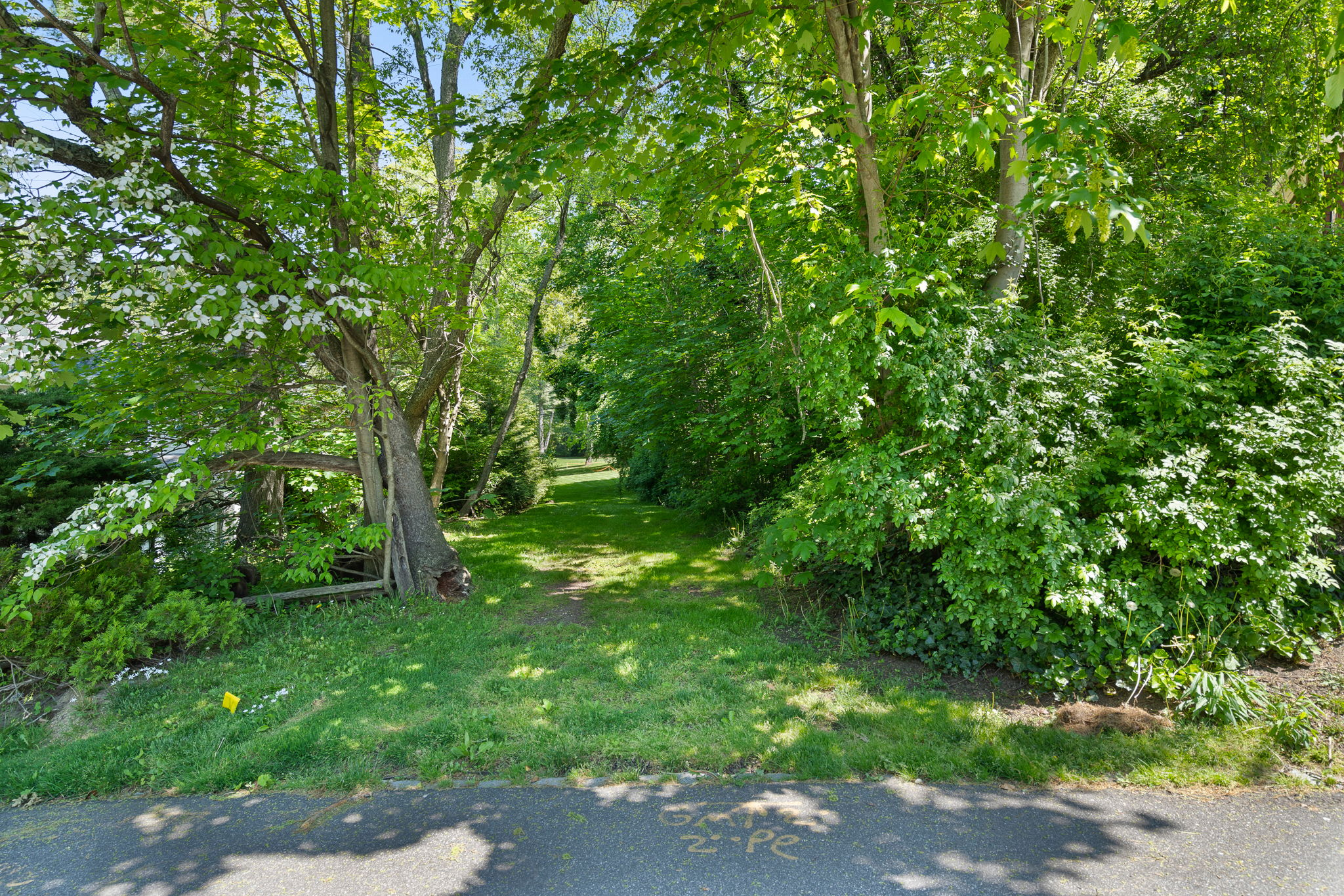 2a Melby Ln, East Hills, NY 11576, US Photo 90