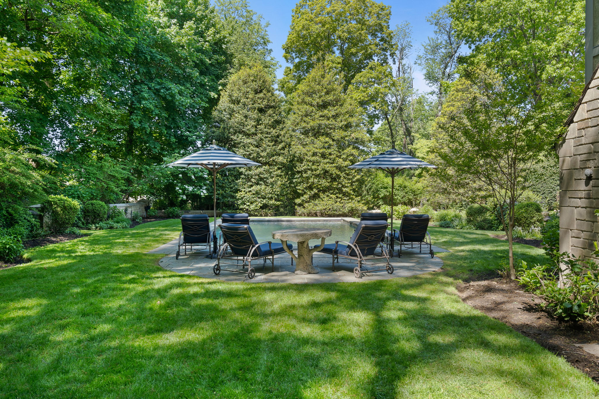 2a Melby Ln, East Hills, NY 11576, US Photo 64