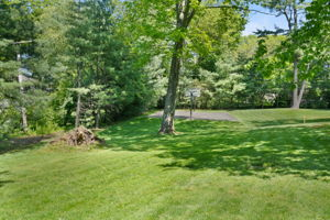 2a Melby Ln, East Hills, NY 11576, US Photo 94