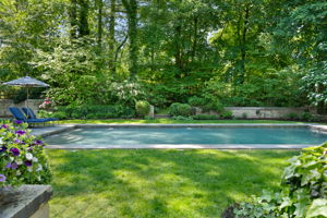 2a Melby Ln, East Hills, NY 11576, US Photo 59