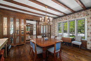2a Melby Ln, East Hills, NY 11576, US Photo 20