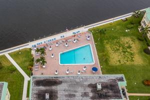 33 Colonial Club Dr, Boynton Beach, FL 33435, USA Photo 38