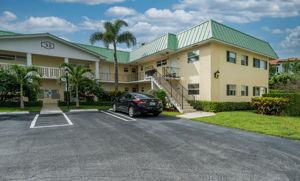 33 Colonial Club Dr, Boynton Beach, FL 33435, USA Photo 29
