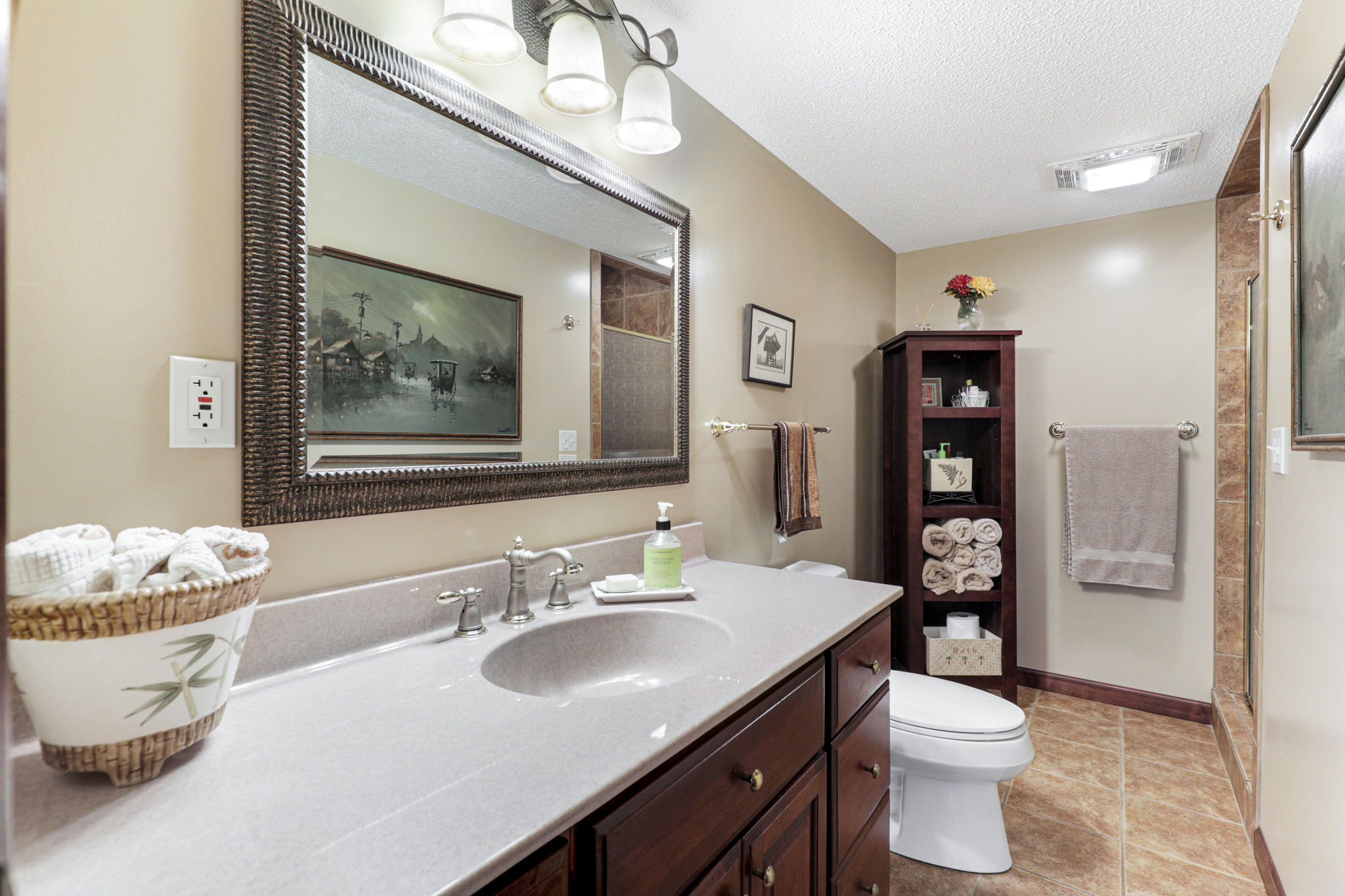 6652 Clearwater Creek Dr, Lino Lakes, MN 55038, USA Photo 40