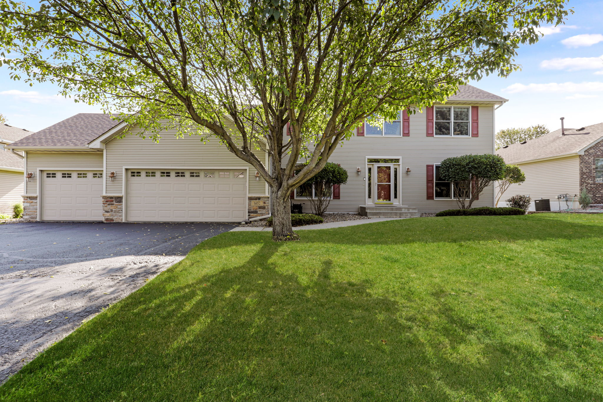 6652 Clearwater Creek Dr, Lino Lakes, MN 55038, USA Photo 44