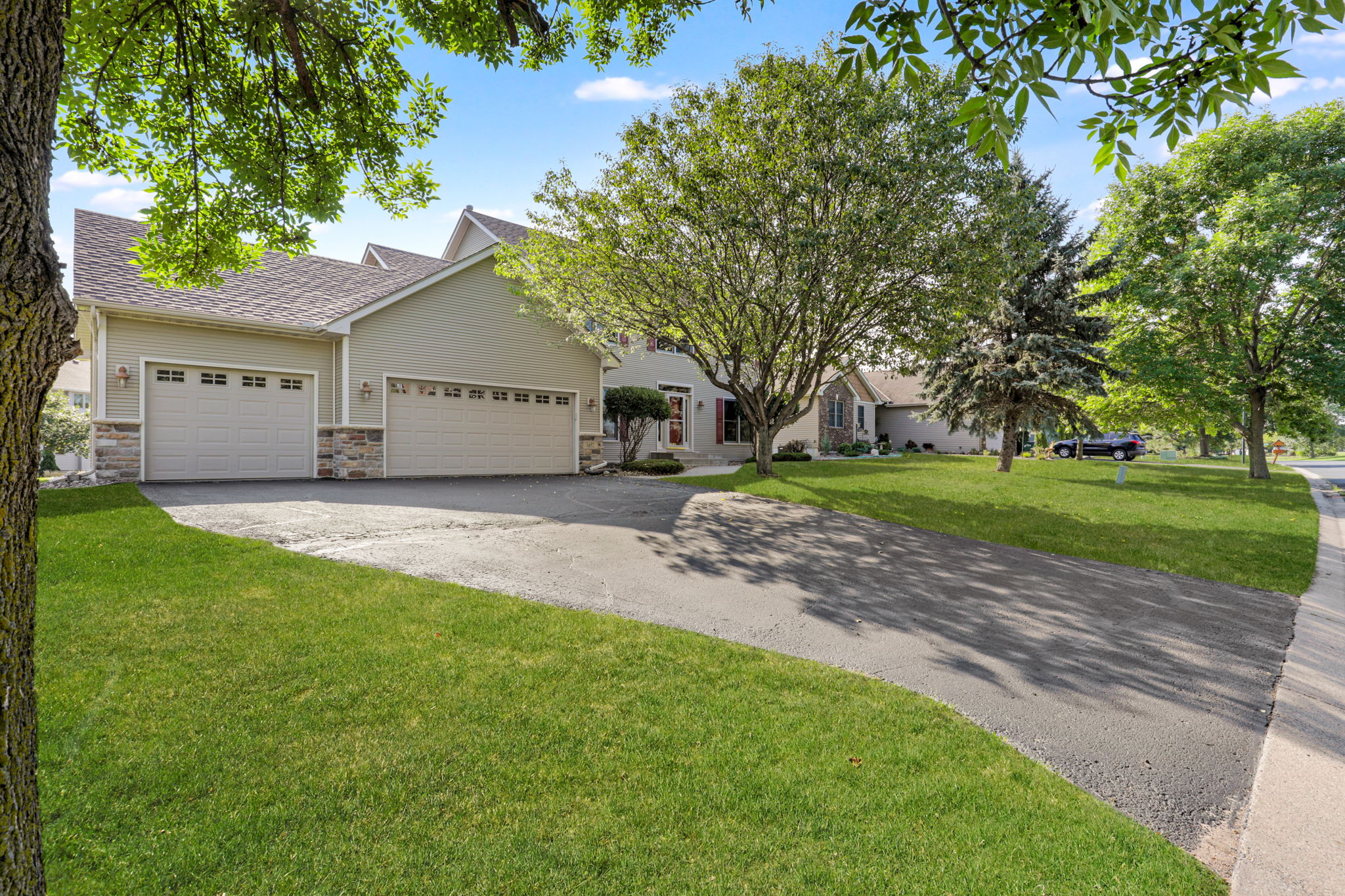 6652 Clearwater Creek Dr, Lino Lakes, MN 55038, USA Photo 46