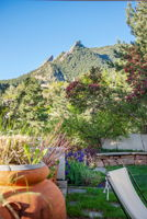 Unobstructed views of Flatirons
