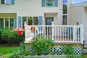 446 Merrow Rd, Auburn, ME 04210, USA Photo 1