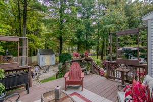 21 Woodsong Rd. 22
