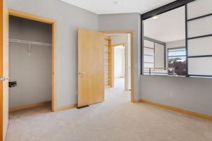 9 W Franklin Ave, Minneapolis, MN 55404, USA Photo 15