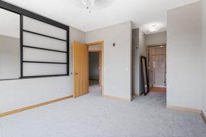 9 W Franklin Ave, Minneapolis, MN 55404, USA Photo 11