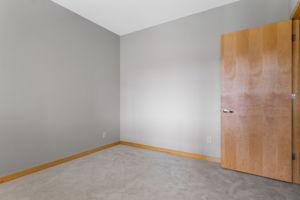 9 W Franklin Ave, Minneapolis, MN 55404, USA Photo 14