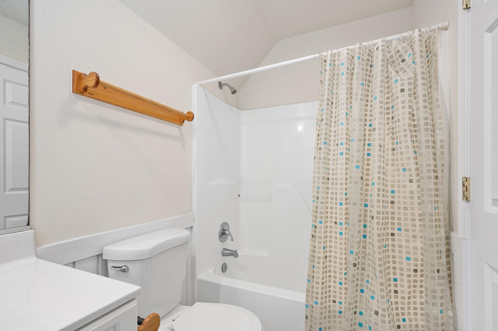 795 Mercury Road   Bottom Level Bedroom 1 - Private Bath