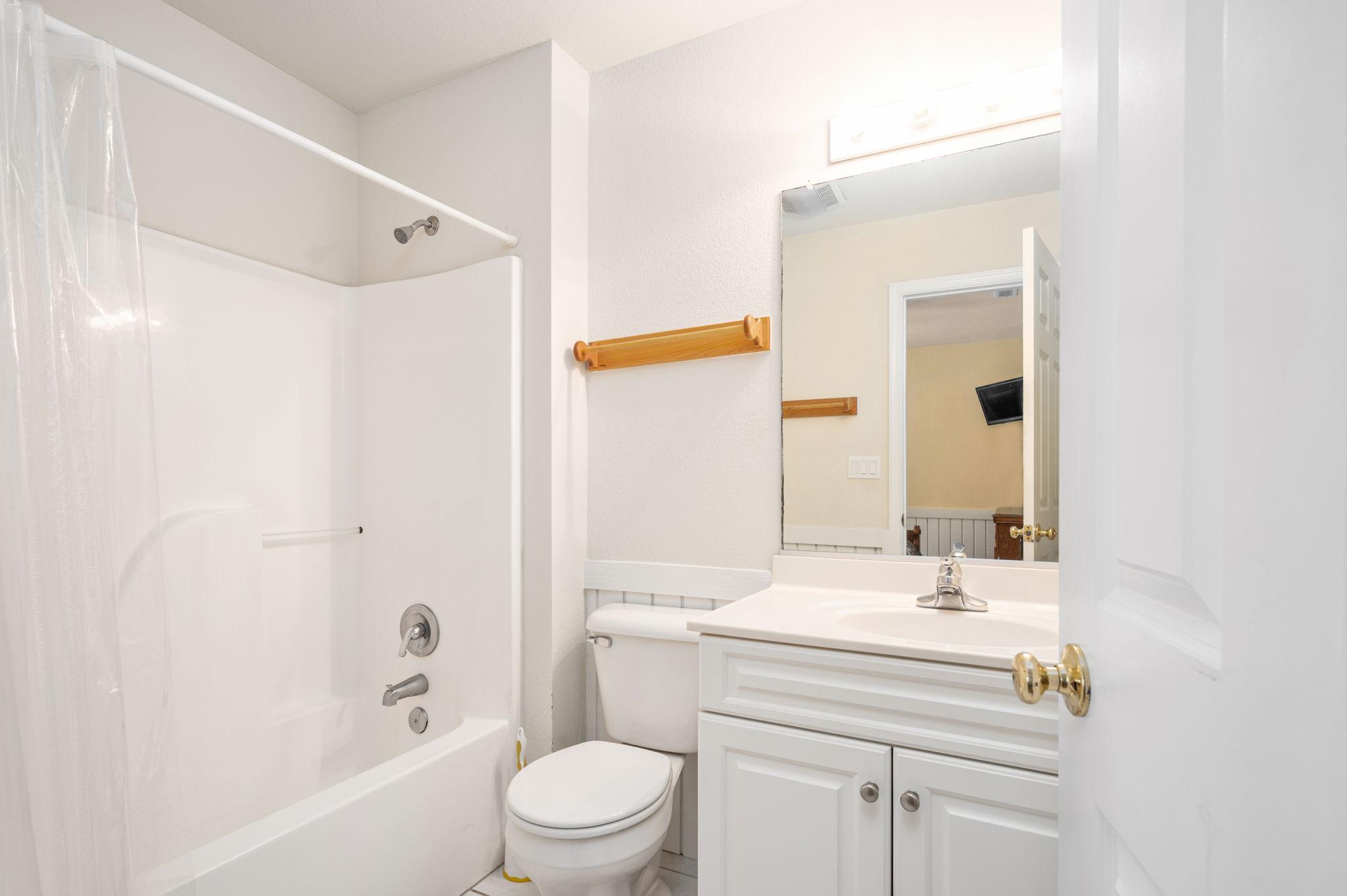 795 Mercury Road   Bottom Level Bedroom 2 - Private Bath