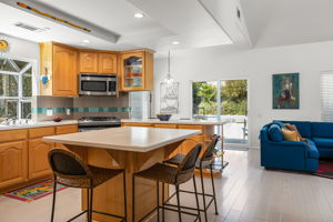 293 Roosevelt Ave, Ventura, CA 93003, USA Photo 13
