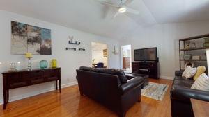 908 E Hudson Ave, Durham, NC 27704, USA Photo 16