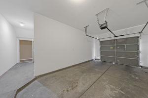 8555 W Russell Rd, Las Vegas, NV 89113, USA Photo 22